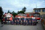 Jednotka sboru dobrovolných hasičů obce Chotoviny před obecním úřadem